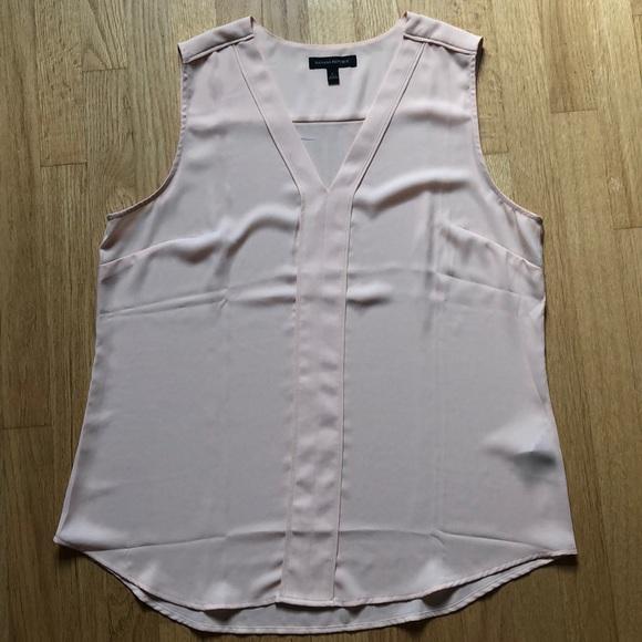 Banana Republic Tops - Banana Republic sleeveless blouse in pink blush